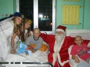 Imprezy okolicznościowe -Wizyta św. Mikołaja z prezentami w Instytucie Matki i Dziecka na Kasprzaka